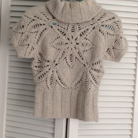 Moda International Sweaters - Tan crop sweater xs